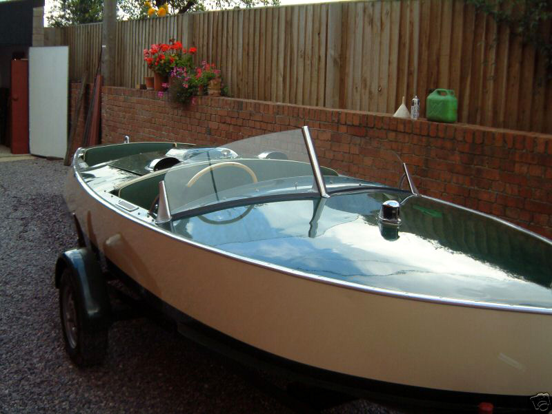 Simmonds Motor Launches - Boats for Sale